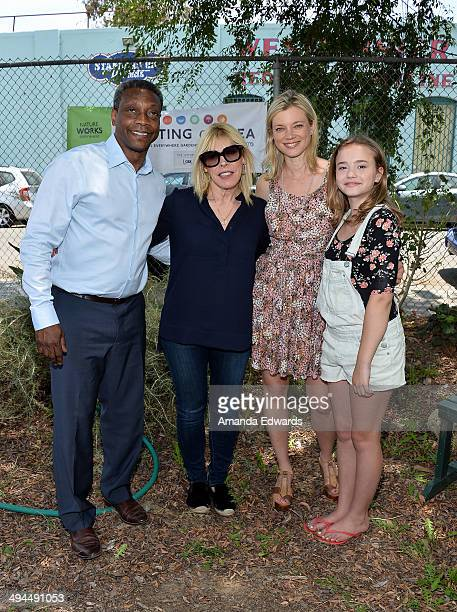The Nature Conservancy Chief Marketing Officer Geof Rochester EMA President Debbie Levin and actresses Amy Smart and Johnny Sequoyah attend The...