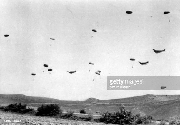 The Nazi propaganda picture shows the 500th SS-Parachute Battalion during the attack of the city of Drvar in Yugoslavia. The photo was taken at the...