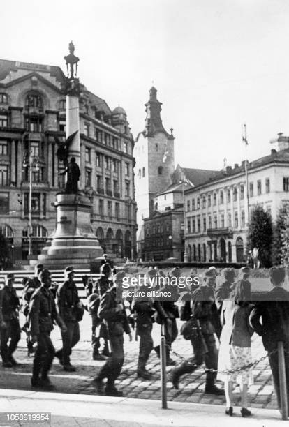 The Nazi propaganda picture shows the occupation of the Soviet city of Lviv by the German Wehrmacht. The photo was taken in July 1941. Photo:...