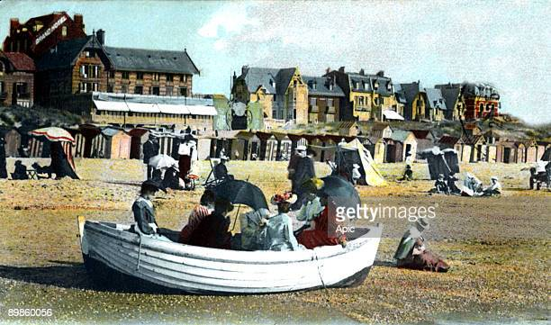 The neach in Le Touquet , north of France, in 1908