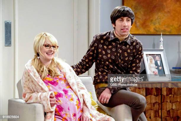 'The Neonatal Nomenclature' Pictured Bernadette and Howard Wolowitz When Bernadette won't go into labor all her friends try different tactics to get...