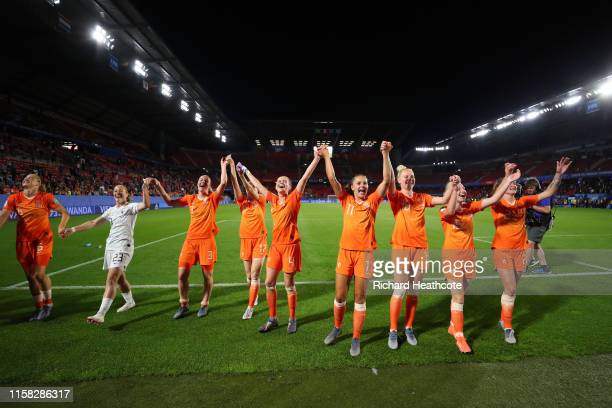 The Netherland players celebrate following their sides victory in the 2019 FIFA Women's World Cup France Round Of 16 match between Netherlands and...