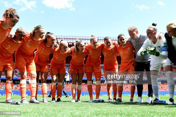 The Netherland players form a team huddle prior to the 2019 FIFA Women's World Cup France group E match between Netherlands and Cameroon at Stade du...