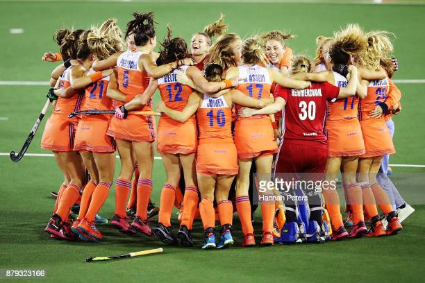 The Netherlands celebrate after winning the Hockey World League final between New Zealand and Netherlands at Rosedale Park on November 26 2017 in...