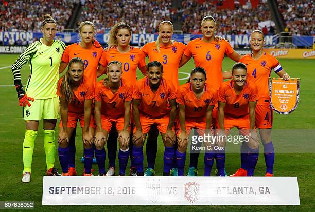The Netherlands pose for a team photo prior to the match between the United States and the Netherlands at Georgia Dome on September 18 2016 in...