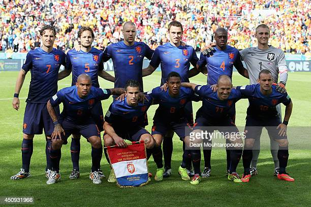 The Netherlands team lines up prior to the 2014 FIFA World Cup Brazil Group B match between Australia and Netherlands at Estadio BeiraRio on June 18...