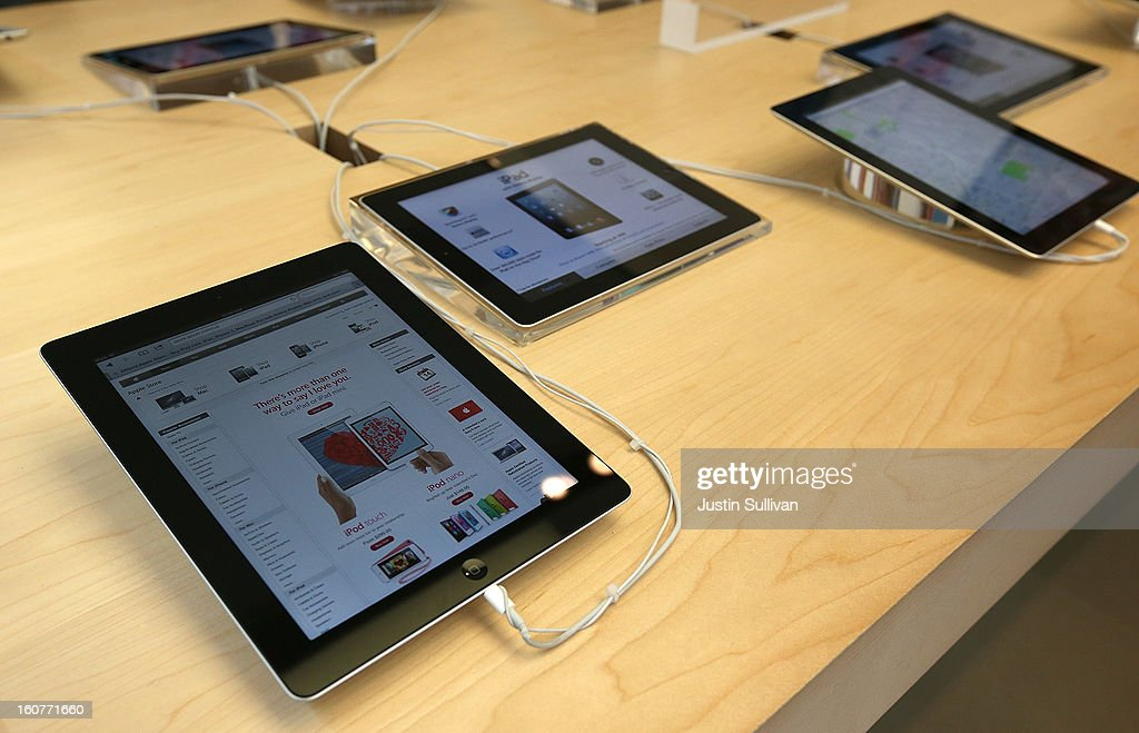The new 128GB Apple iPad 4 is seen on display at an Apple store on February 5, 2013 in San Francisco, California. The new 128GB Apple iPad 4 went on sale today across the nation with a price tag of $799 for the wi-fi only model. LTE 4G and 3G models are selling for $929.