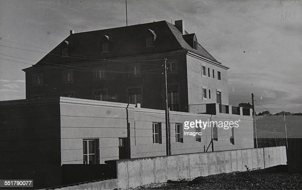 The new Austrian Embassy in Ankara based on a design by Clemens Holzmeister . 1933/34. Photograph by Baron von Kummer. Publisher F. Salis / Vienna -...