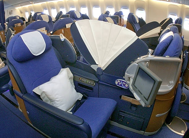 Full Beds in British Airways Business Class Pictures ...British Airways First Class 777 Bed