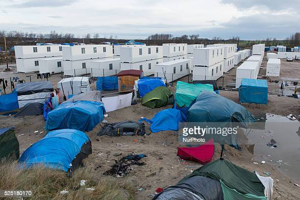 The new camp close to the jungle in Calais called le campement de la Lande opened on Monday January 11th 2016 Around 1 500 refugees/migrants can live...