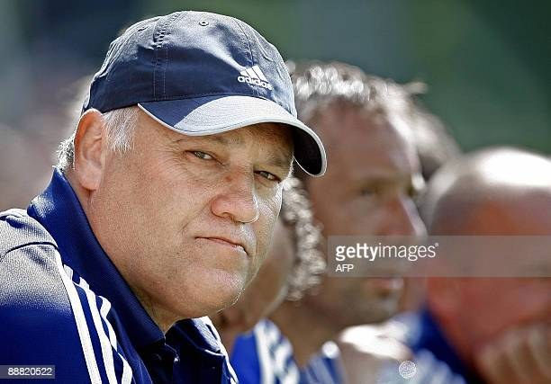 The new coach of Dutch football club Ajax Martin Jol dattends a training match against South African club Ajax Cape Town in Amsterdam on July 4 2009...