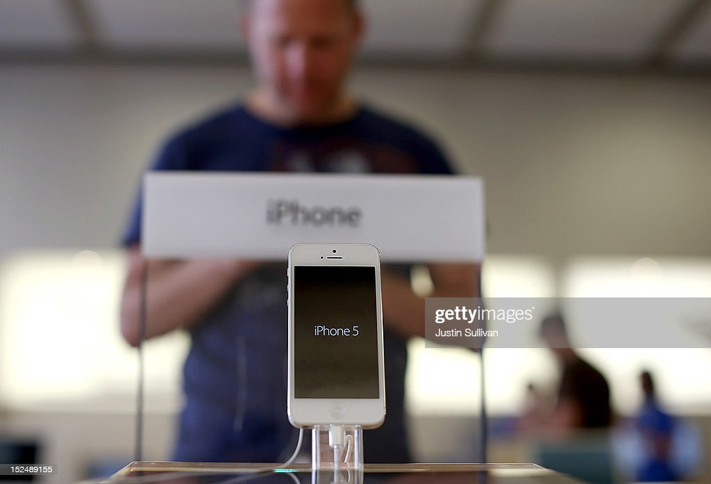 The new iPhone 5 is displayed at an Apple Store on September 21, 2012 in San Francisco, California. Customers flocked to Apple Stores across the U.S. to purchase the hotly anticipated iPhone 5 which went on sale nationwide today.
