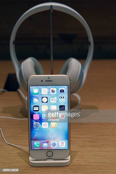 The new iPhone 6s is displayed at the Apple Store Opera on September 25 2015 in Paris France Apple launched the new iPhone 6s and iPhone 6s Plus with...