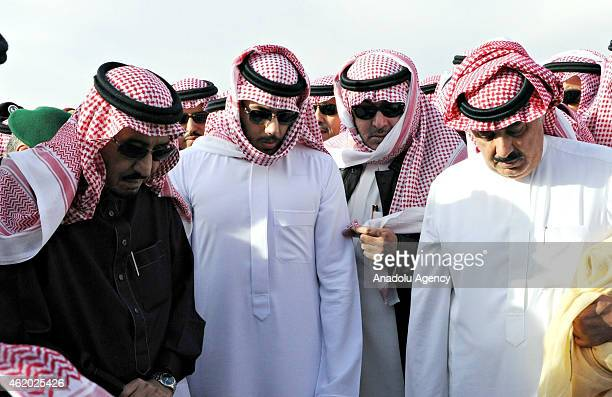 The new King Salman bin Abdulaziz alSaud attends the burying ceremony of the late Saudi King Abdullah bin Abdulaziz alSaud at Al Oud cemetery in...