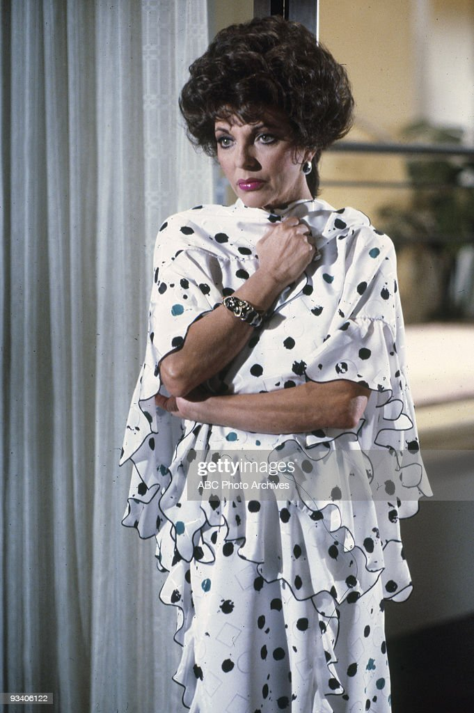DYNASTY - 'The New Lady in Town' 5/2/84 Joan Collins