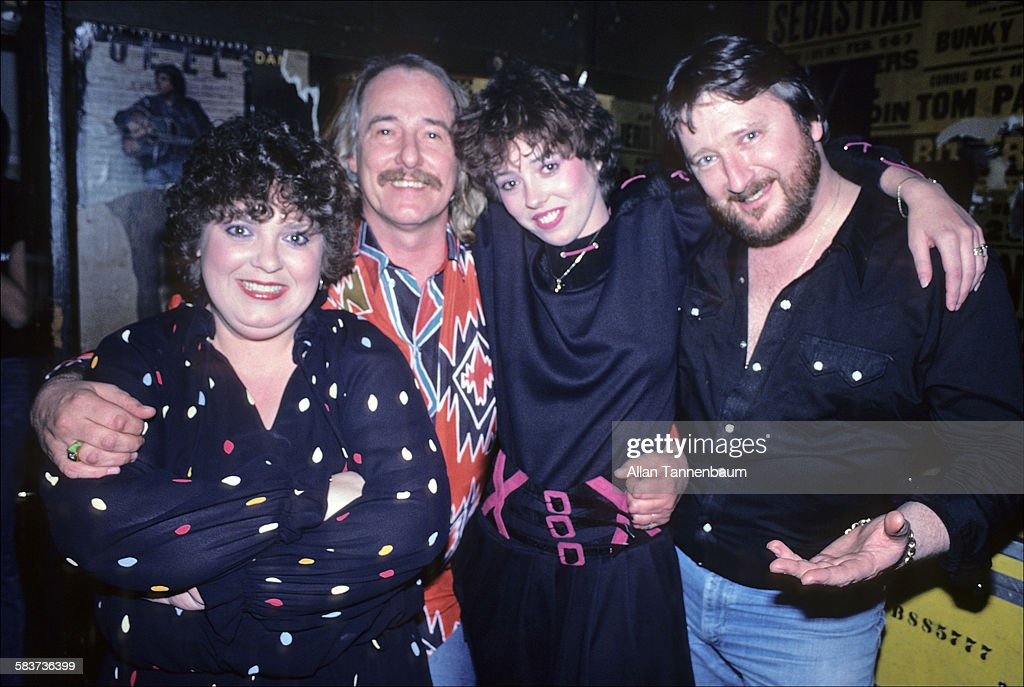 The New Mamas & Papas Backstage At The Other End : News Photo