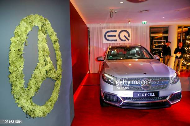 The new Mercedes hydrogen car during the event 'FechtOlympiasiegerin fliegt mit Daimler Kunstflugass Revanche beim Club der jungen Wilden at Q Salon...