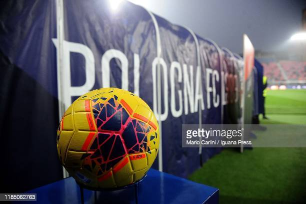 The new official ball HI -VIS is shown prior the beginning of the Serie A match between Bologna FC and FC Internazionale at Stadio Renato Dall'Ara on...