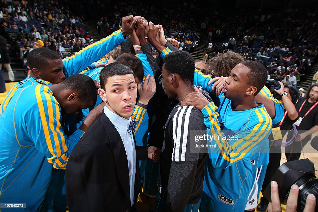 The New Orleans Hornets huddle up before the game against the Golden State Warriors on April 3, 2013 at Oracle Arena in Oakland, California.