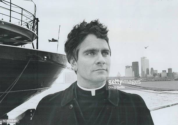 The new padre of Anglican mission to seamen on the Toronto waterfront is Rev David Mulholland who's also in charge of St Andrew'sbytheLake on Centre...