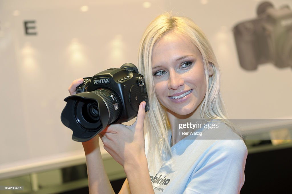 Photokina - Trade Fair For The Photographic And Imaging Industrie : Nachrichtenfoto