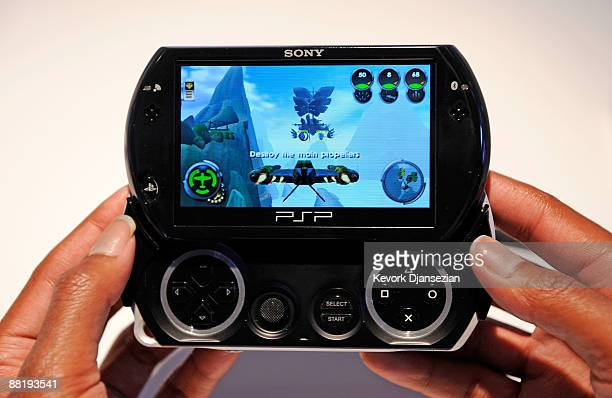 60 Top Psp Go Pictures, Photos, & Images - Getty Images
