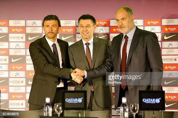 the new trainer with FC president Josep Maria Bartomeu and Andoni Zubizarreta during the presentation of Luis Enrique as coach of FC Barcelona in the...