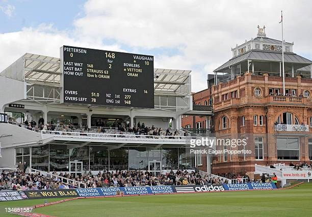 The new videoscreen / scoreboard at Lord's England v New Zealand 1st Test Lord's May 08