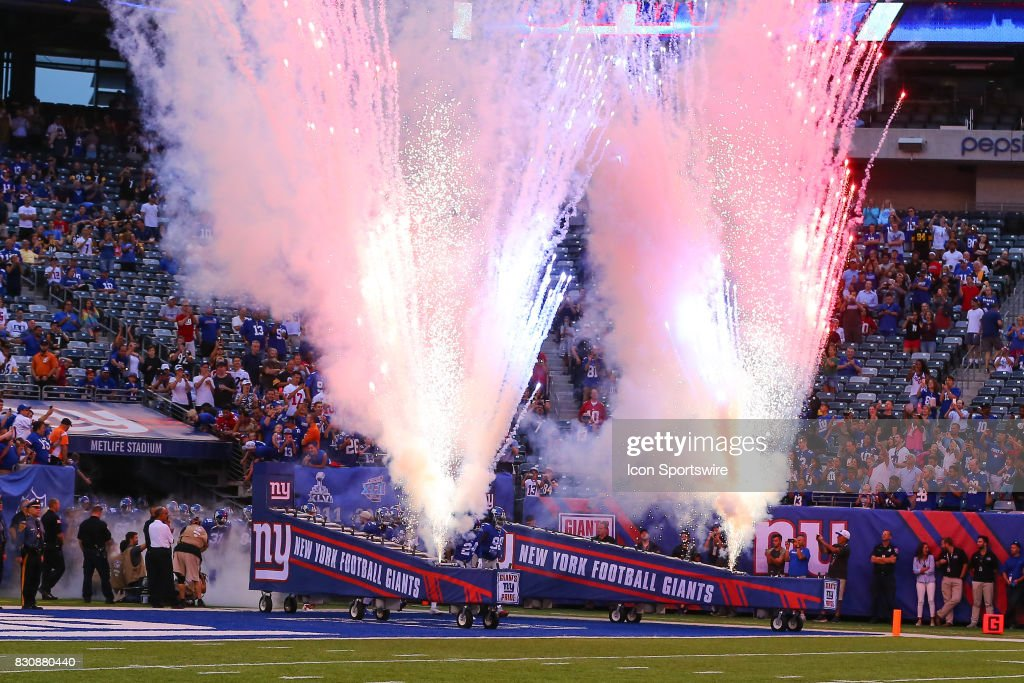 NFL: AUG 11 Preseason - Steelers at Giants : News Photo