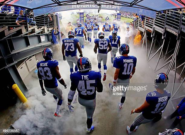 The New York Giants take the field prior to the game against the Dallas Cowboys at MetLife Stadium on October 25, 2015 in East Rutherford, New Jersey.