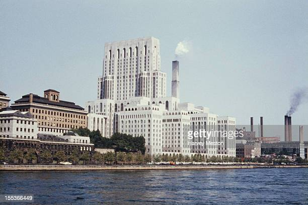 The New York Hospital and Weill Cornell Medical College later the New YorkPresbyterian Hospital a university hospital in New York City circa 1970