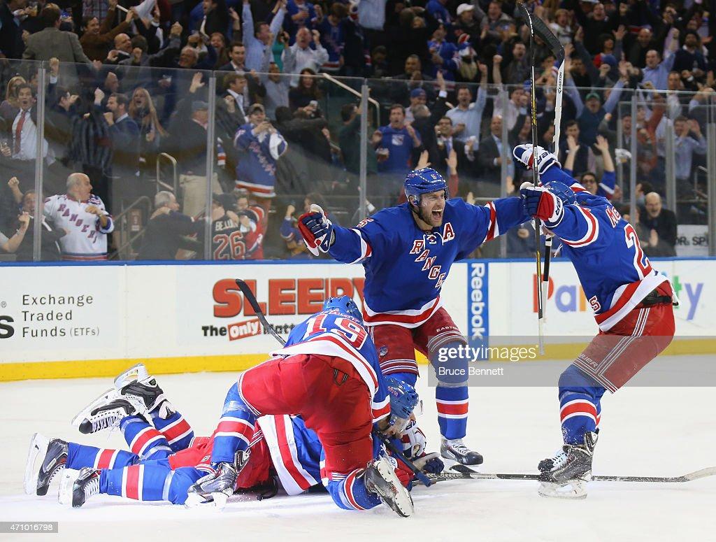Pittsburgh Penguins v New York Rangers - Game Five : Nieuwsfoto's