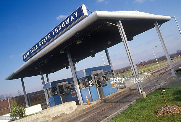 the new york state thruway toll road off of route 90 - thruway stock pictures, royalty-free photos & images