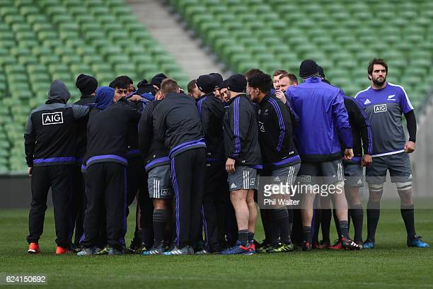 The New Zealand All Blacks form a group huddle during the Captains Run at Aviva Stadium on November 18 2016 in Dublin Ireland