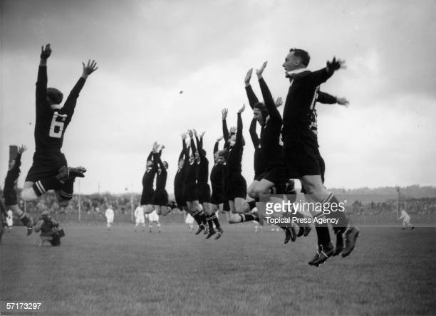 The New Zealand All Blacks meet the Southern Counties at the Greyhound Stadium in Hove for the first match of their England tour 31st October 1953...