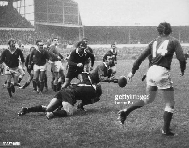 The New Zealand national rugby union team the All Blacks beat Wales 1916 at Cardiff Arms Park Cardiff Wales 2nd December 1972 Here Welsh scrumhalf G...