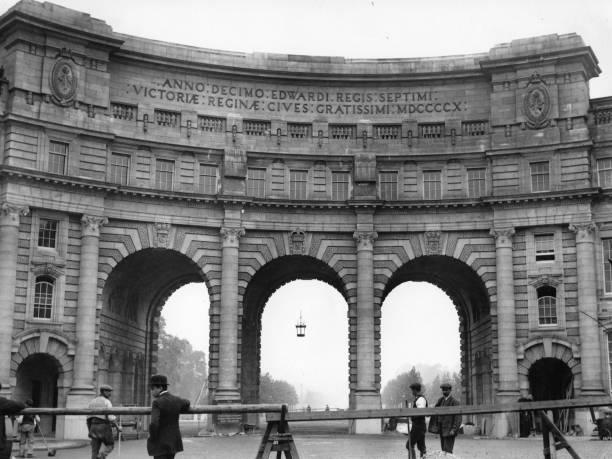 Admiralty Arch Wall Art