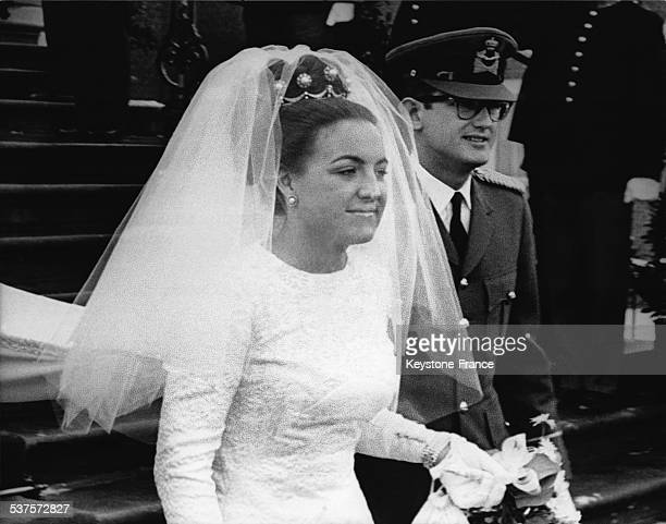 The newlywed, Princess Margriet and Pieter van Vollenhoven, leaving the Palace for the religious ceremony, on January 10, 1967 in The Hague,...