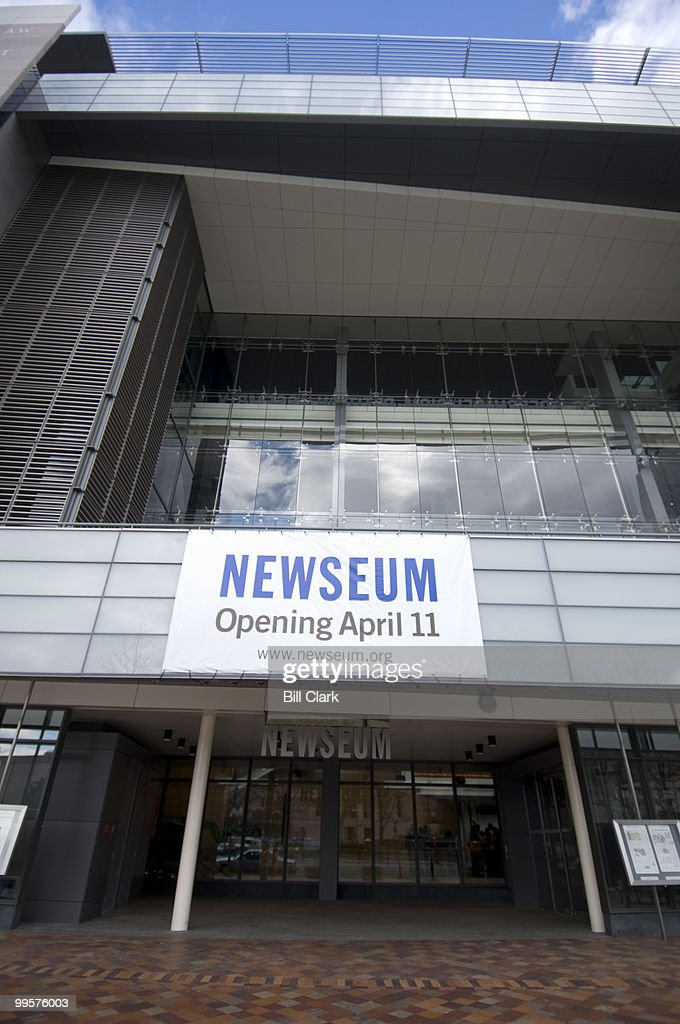 The Newseum announced today that their new building will open to the public on April 11, 2008.