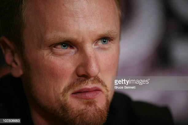 The NHL's Art Ross trophy winner Henrik Sedin of the Vancouver Canucks is interviewed by the media at the Palms Casino Resort on June 22 2010 in Las...