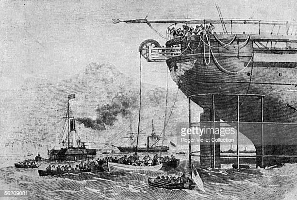 The Niagara, American ship laying the last kilometer of the transatlantic telegraph cable, on August 1858, near the American coast. Engraving.