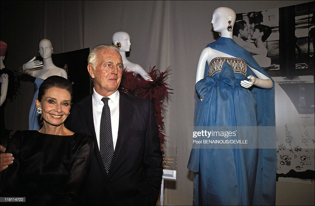 The Night Of The 40 Years Of Givenchy In Paris, France On October 21, 1991. : Fotografía de noticias