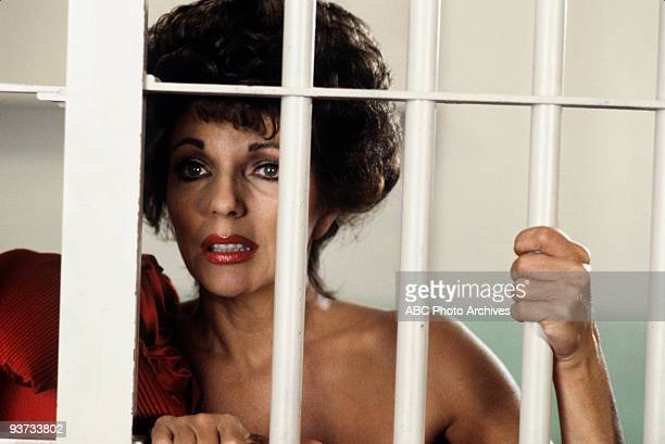 DYNASTY 'The Nightmare' 5/9/84 Joan Collins