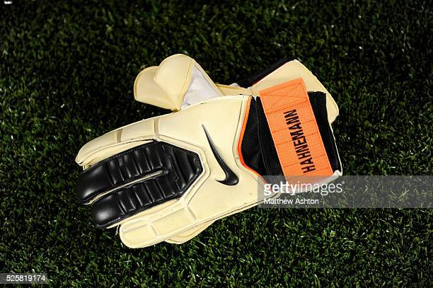 The Nike gloves of Marcus Hannemann of USA