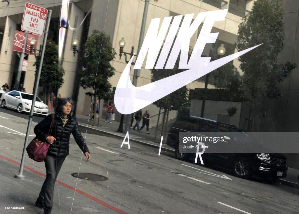 Nike Reports Quarterly Earnings : News Photo
