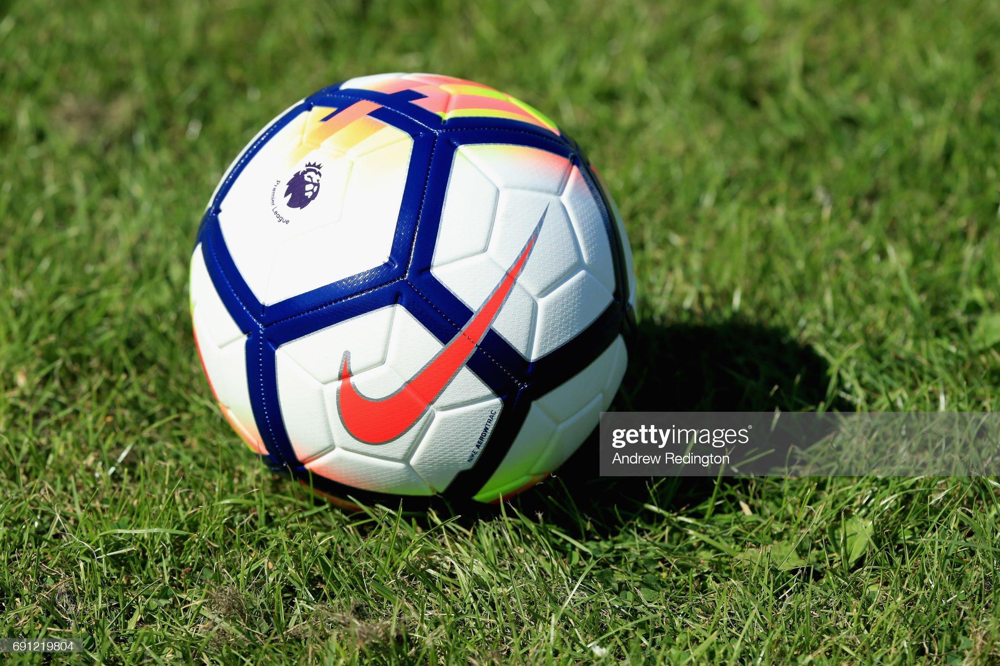 Premier League Kicks - Nike Ordem V Premier League Match Ball Launch : ニュース写真