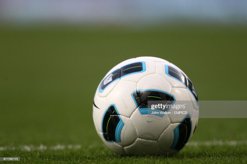 save off 90dc5 9d53a The Nike T90 Tracer ball, the official matchball for the Barclays ...