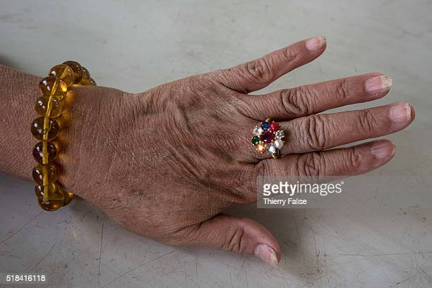 The Nine Jewelled Ring is a golden ring incrusted with seven precious or semiprecious stones one coral and one pearl It comes from an ancient...