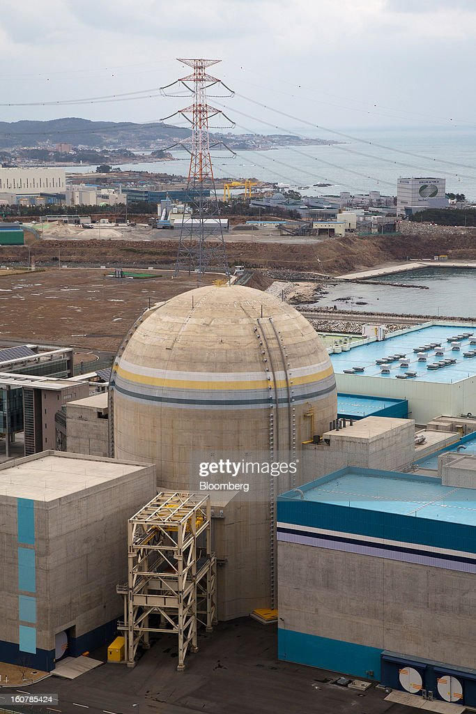 The No. 2 reactor building stands at Korea Hydro & Nuclear Power Co.'s Shin-Kori nuclear power plant in Ulsan, South Korea, on Tuesday, Feb. 5, 2013. Korea Hydro, a unit of Korea Electric Power Corp. (Kepco), operates 23 reactors in the country. Photographer: SeongJoon Cho/Bloomberg via Getty Images