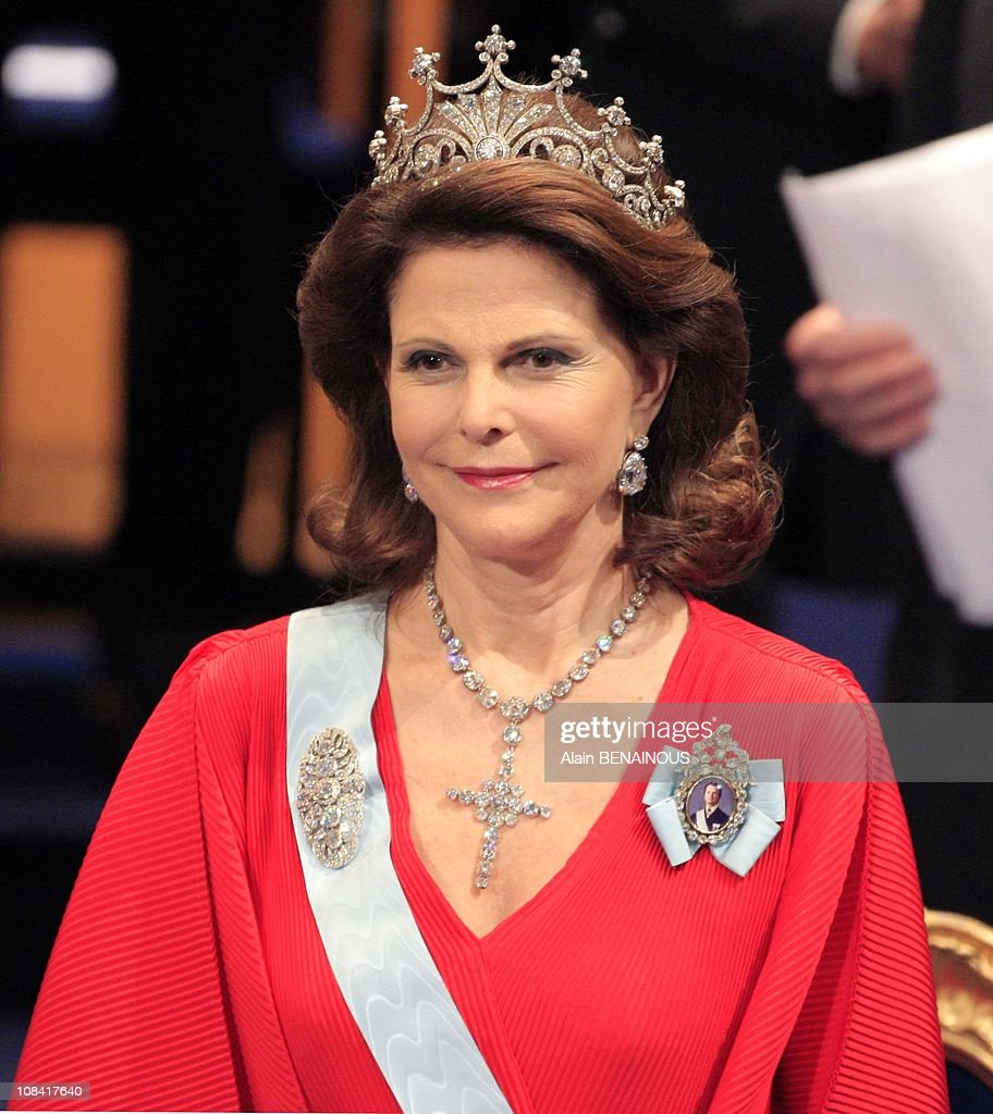 The Nobel prize winners and the Royal Family: King Carl XVI Gustaf, Queen Silvia, Crown Princess Victoria, Prince Carl Philip, Princess Madeleine in Stockholm, Sweden on December 10th, 2007.